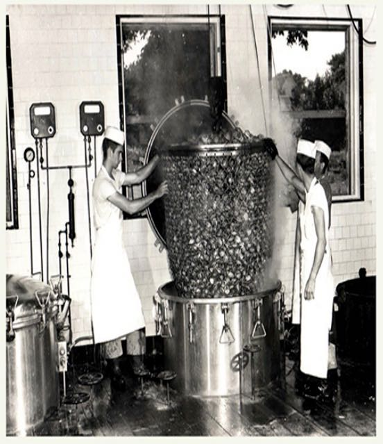 clam_processing_in_late_40s